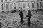 vernisáž 26.9.1981 Anna Fárová a Henri Cartier-Bresson (1981). Fotograf: Bořivoj Hořínek, Jan Malý, Iren Stehli © (Dušan Šimánek Archive)