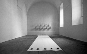 Peter Lelliott: Installation view, convent (1994). Photographer: Daniel Šperl