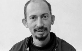 Peter Lelliott: portrait (1994). Photographer: Daniel Šperl