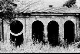 Floris Brasser: Halfcircle for Metternich  (1993). Photographer: Gert de Ruyter