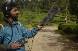 Nahrávání hlasů ptáků. Photographer: P. Jeganathan
