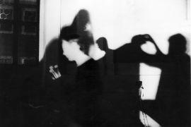 Mark Dijkstra: Performance with Sound and Light (1993). Photographer: Gert de Ruiter