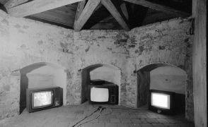 Mark Shepard, Martin Zet: 1931 (We need the time) — video installation (1999). Photographer: Daniel Šperl