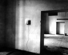 Ron Haselden: Last Castrato — installation (1994). Photographer: Radovan Kodera