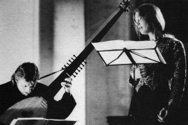 Jana Lewitová a Rudolf Měřinský: Songs of misty summer — concert (1993). Photographer: Gert de Ruyter